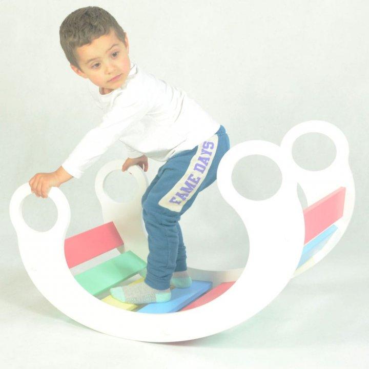 Детская кроватка-качалка от 6 месяцев