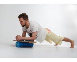 Упражнения на балансборде